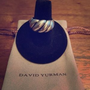 Beautiful DY wide Hampton cable ring